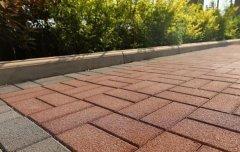 热博登录砖的透水性保水性及强度